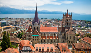 Veduta aerea della cattedrale. Copyright www.diapo.ch.jpg