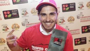 Andrea Cozzolino nuovo campione del mondo dei pizzaiuoli. Ph: Stefano Renna